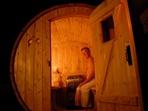 homme dans le sauna