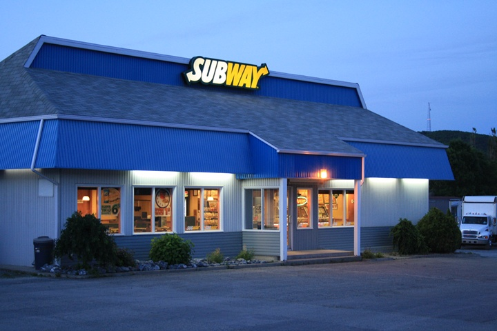 Motel Claude : restaurant Subway