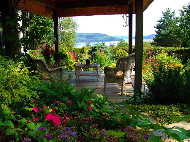 Jardin de la petite cole jardins et parcs visiter for Aire jardin des causses du lot