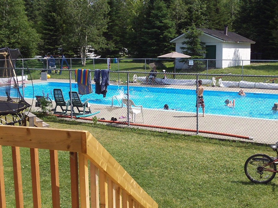 Camping cabano camping dormir et manger vacances et for Camping a quebec avec piscine